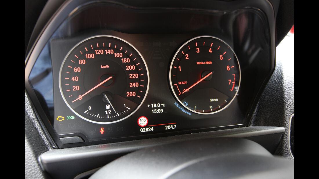 BMW 114i, Rundinstrumente