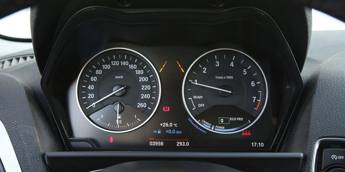 BMW 116i, Anzeigeinstrumente