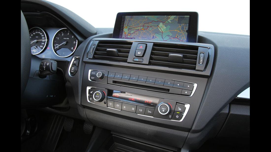 BMW 118d, Navi, Monitor