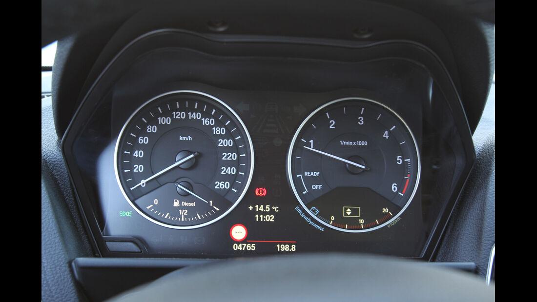BMW 118d, Rundinstrumente, Tacho