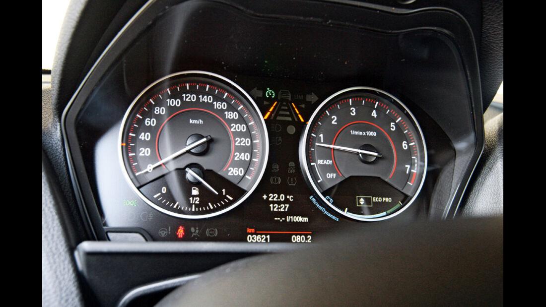 BMW 118i, Rundinstrumente