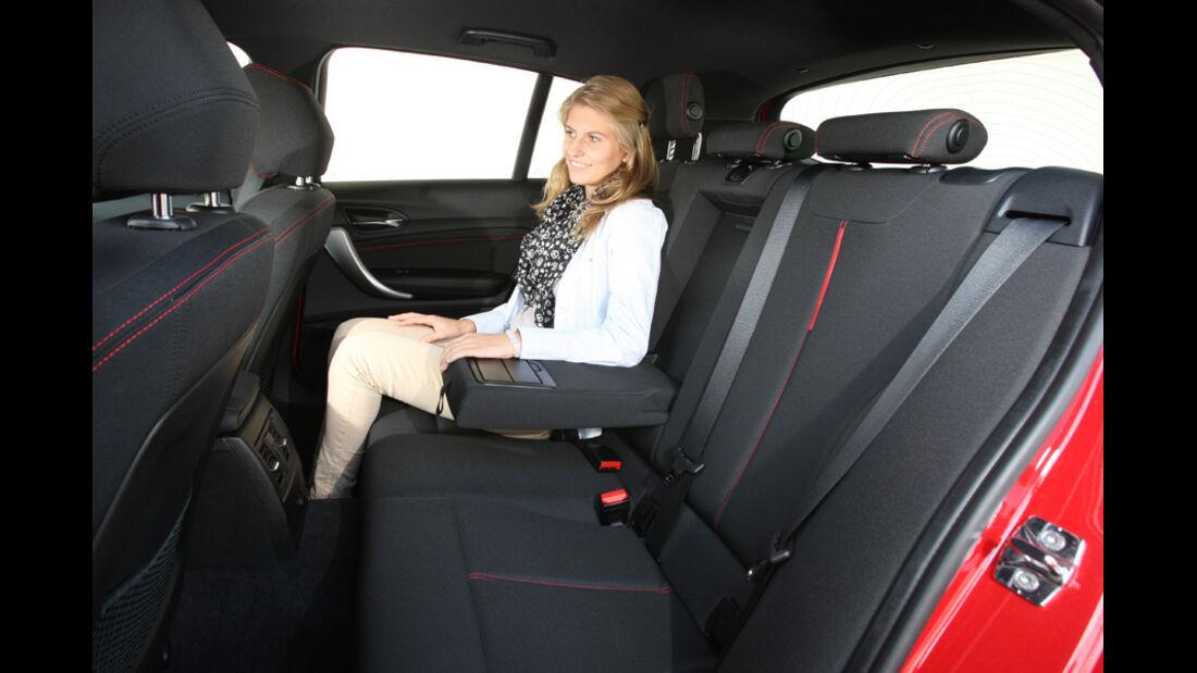 BMW 118i Sport Line, Rücksitz, Rückbank