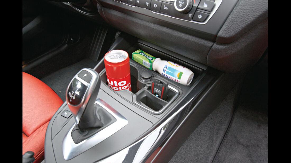 BMW 120d Sport Line, Ablage, Mittelkonsole