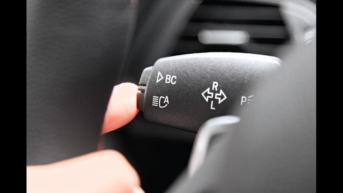 BMW 120d Sport Line, Lenkradschalter, Fernlichtassistent