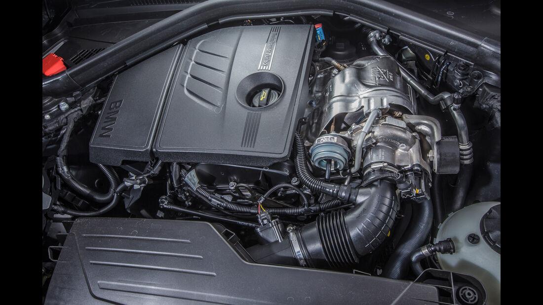 BMW 120i, Motor