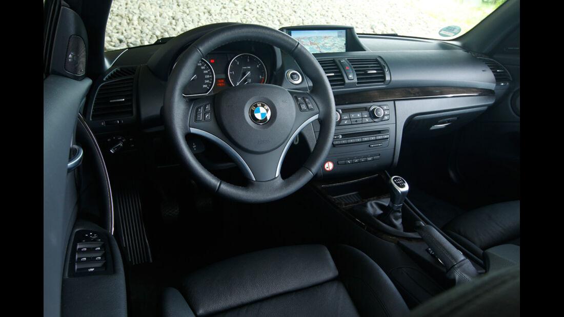BMW 123d Cabriolet, Cockpit