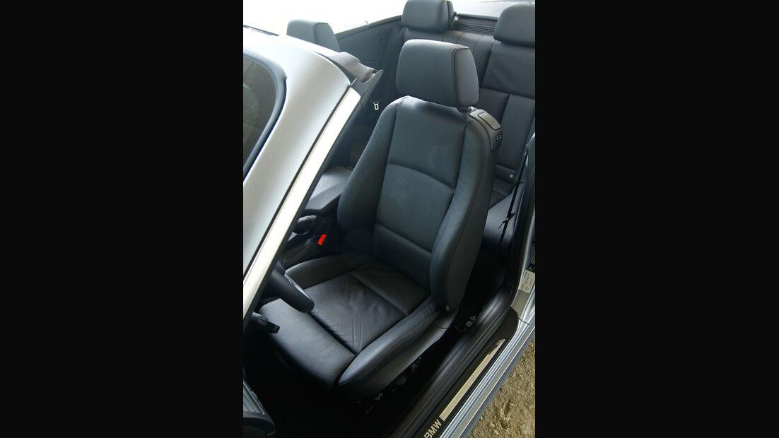 BMW 123d Cabriolet, Fahrersitz