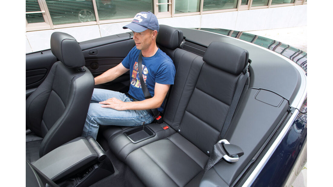 BMW 125i Cabrio, Rücksitz, Beinfreiheit