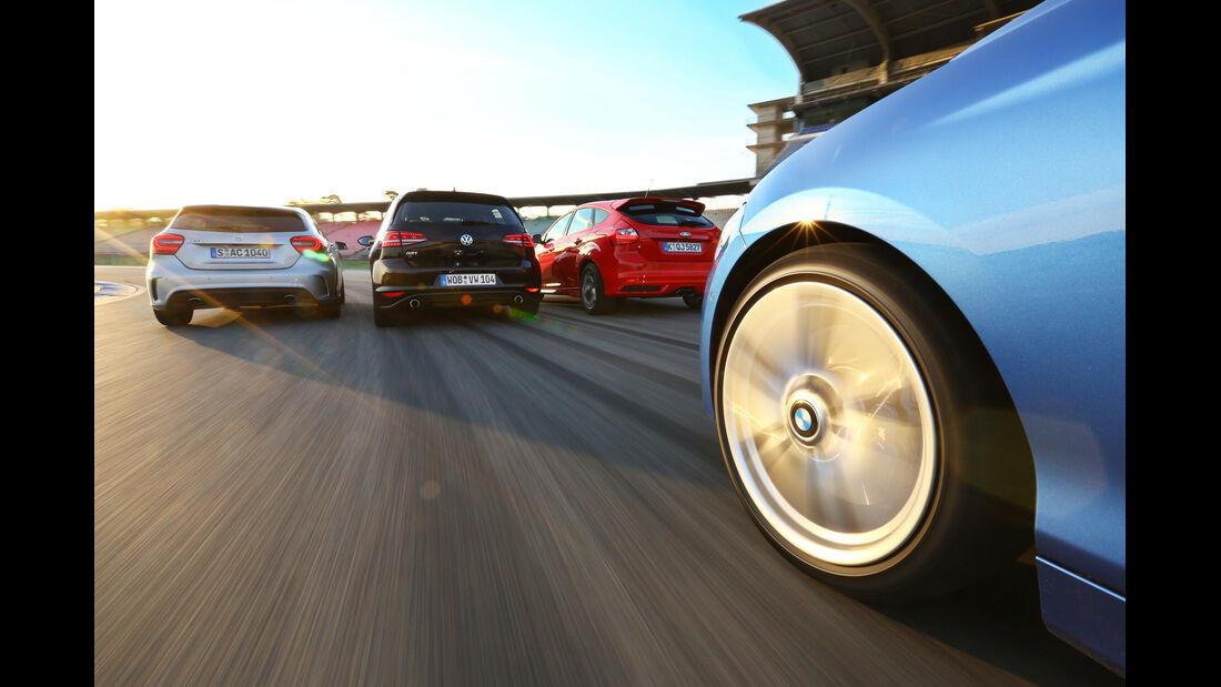 BMW 125i, Ford Focus ST, Mercedes A 250, VW Golf GTI, Heckansicht
