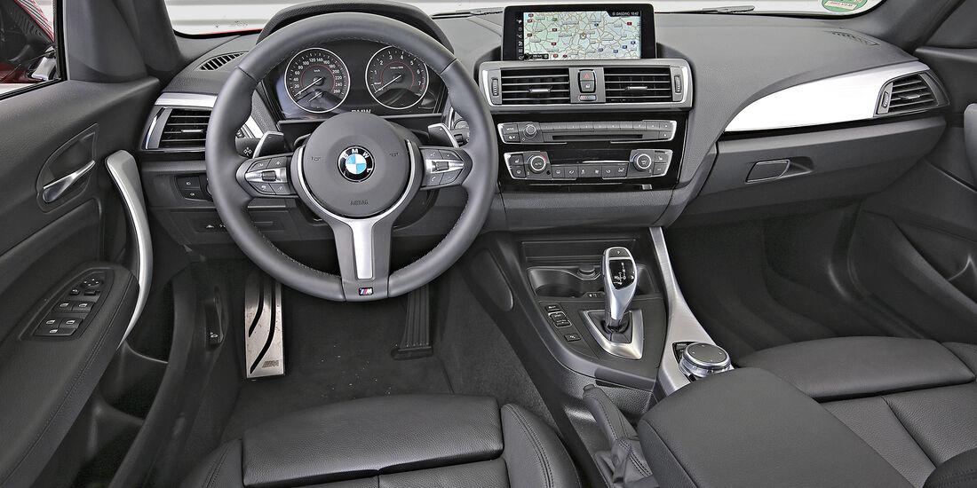 BMW 125i, Interieur
