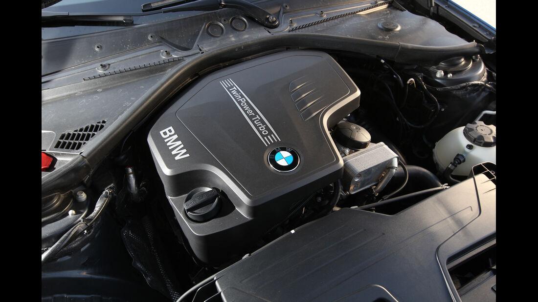 BMW 125i, Motor