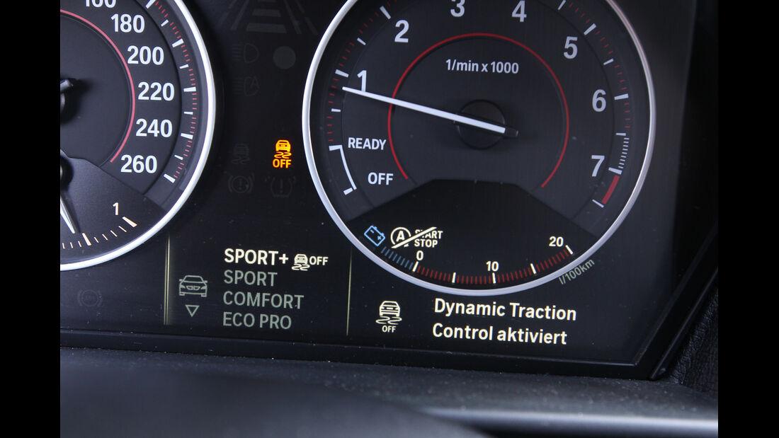 BMW 125i, Rundinstrumente
