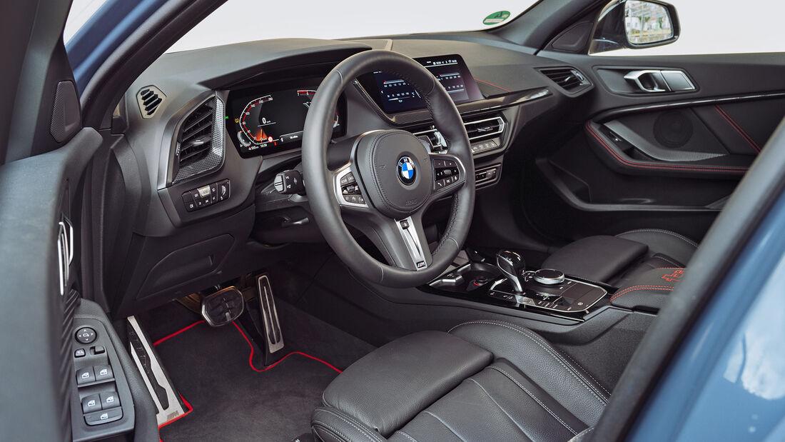 BMW 128ti, Interieur