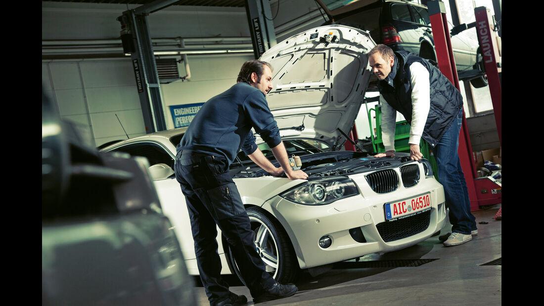BMW 130i, Frontansicht, Motorhaube