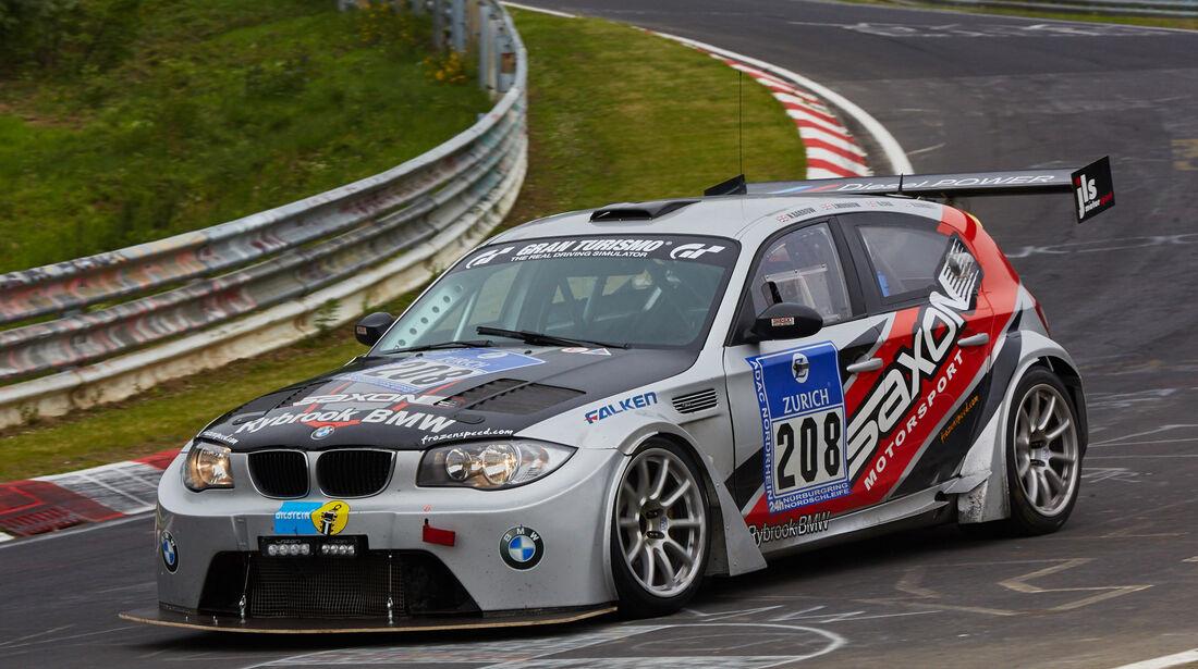 BMW 135d GTR - Startnummer: #208 - Bewerber/Fahrer: Nick Barrow, Richard Corbett, Jamie Morrow, Dave Cox - Klasse: AT