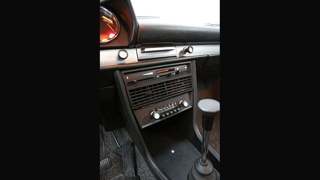 BMW 1800, Mittelkonsole