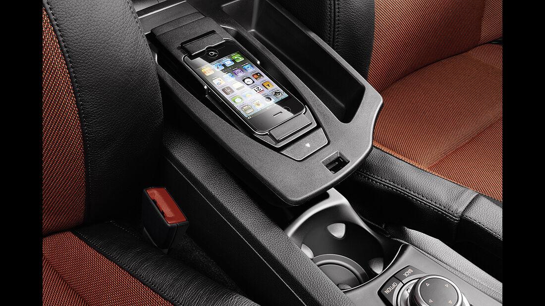 BMW 1er Cabrio, Facelift, 2011, Handyhalterung