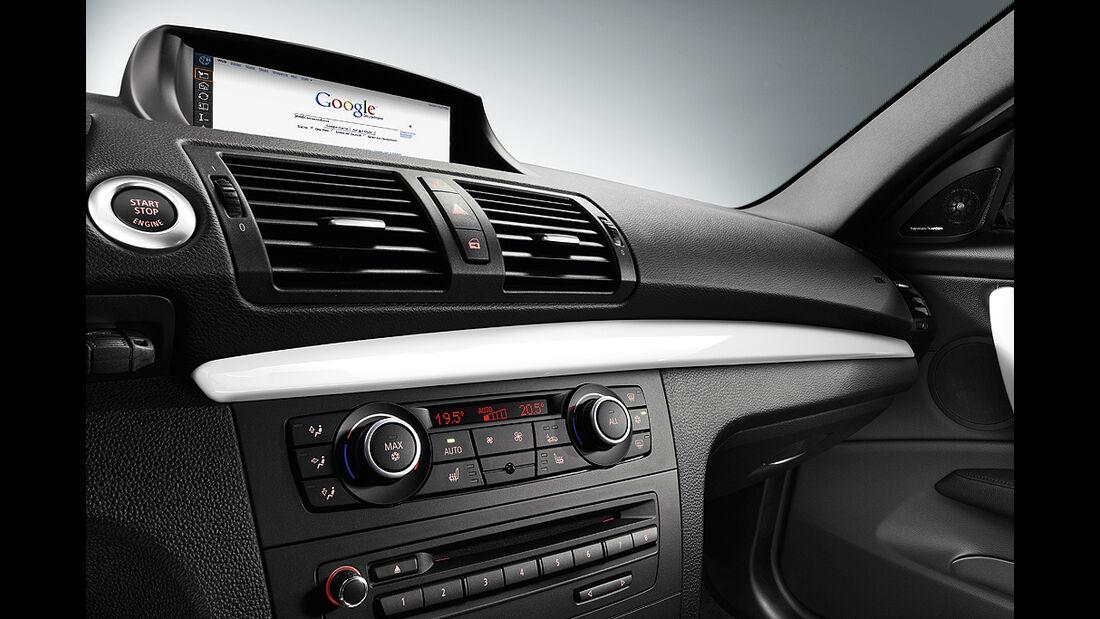 BMW 1er Coupé, Facelift, 2011, Armaturenbrett, Navigationssystem, Bildschirm