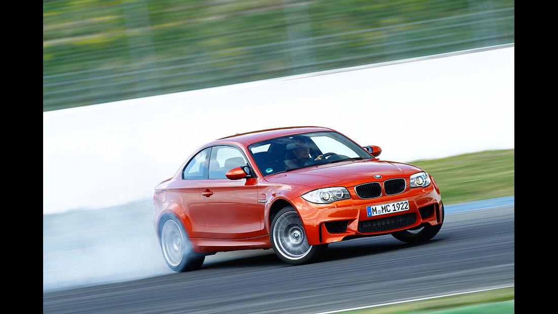 BMW 1er Coupe, Seitenansicht, Bremsverhalten Teststrecke