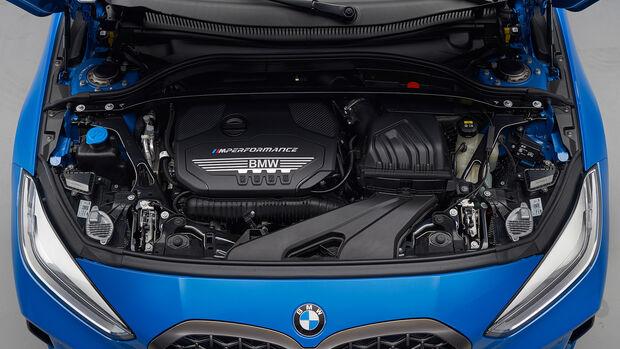 BMW 1er F40 M135i, Motor