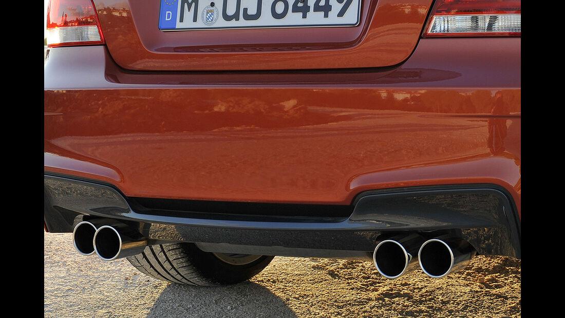 BMW 1er M Coupé, Auspuff