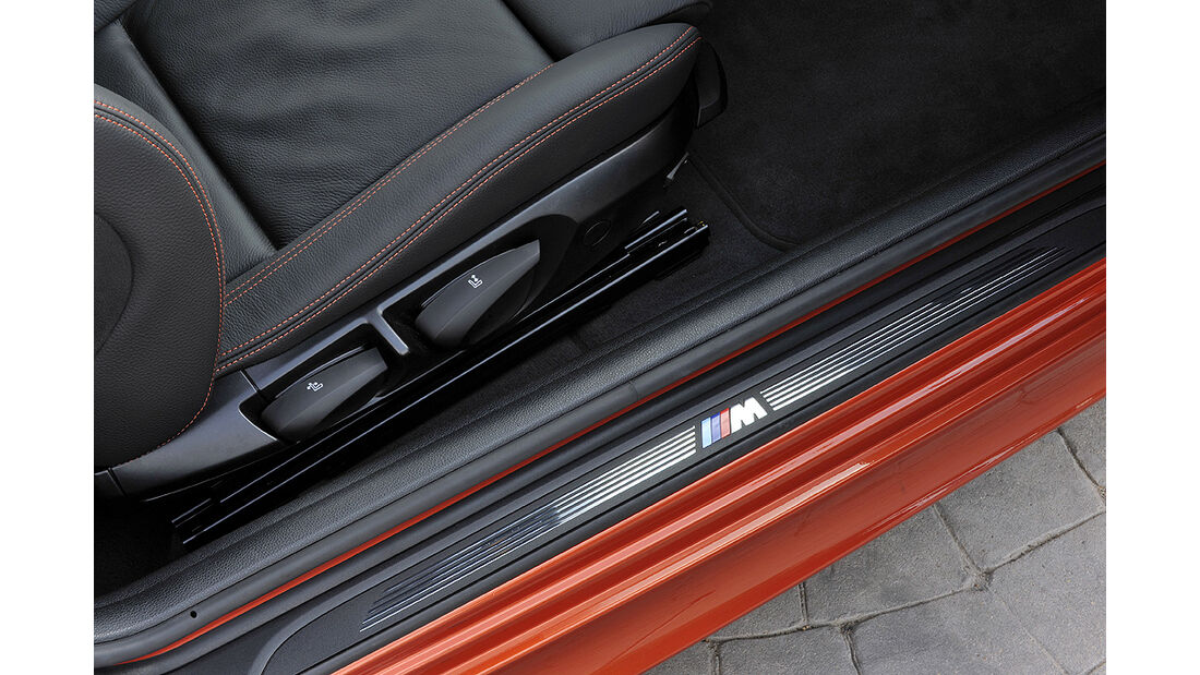 BMW 1er M Coupé, M-Einstiegsleiste