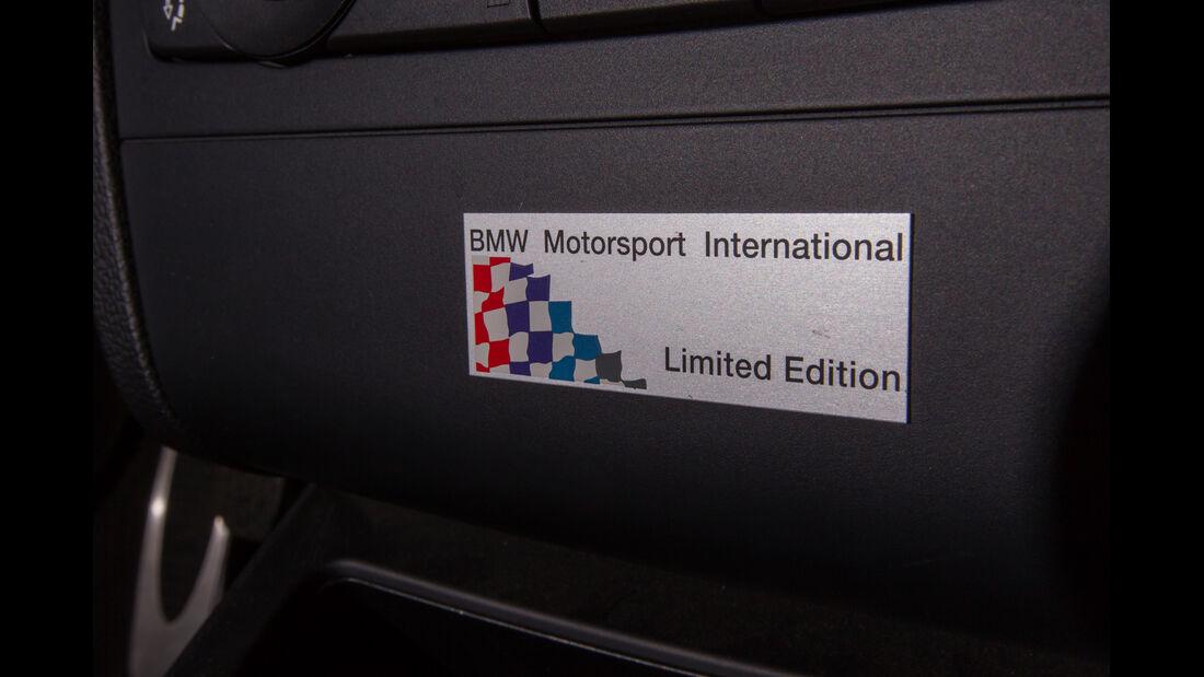 BMW 1er M Coupé, Schild
