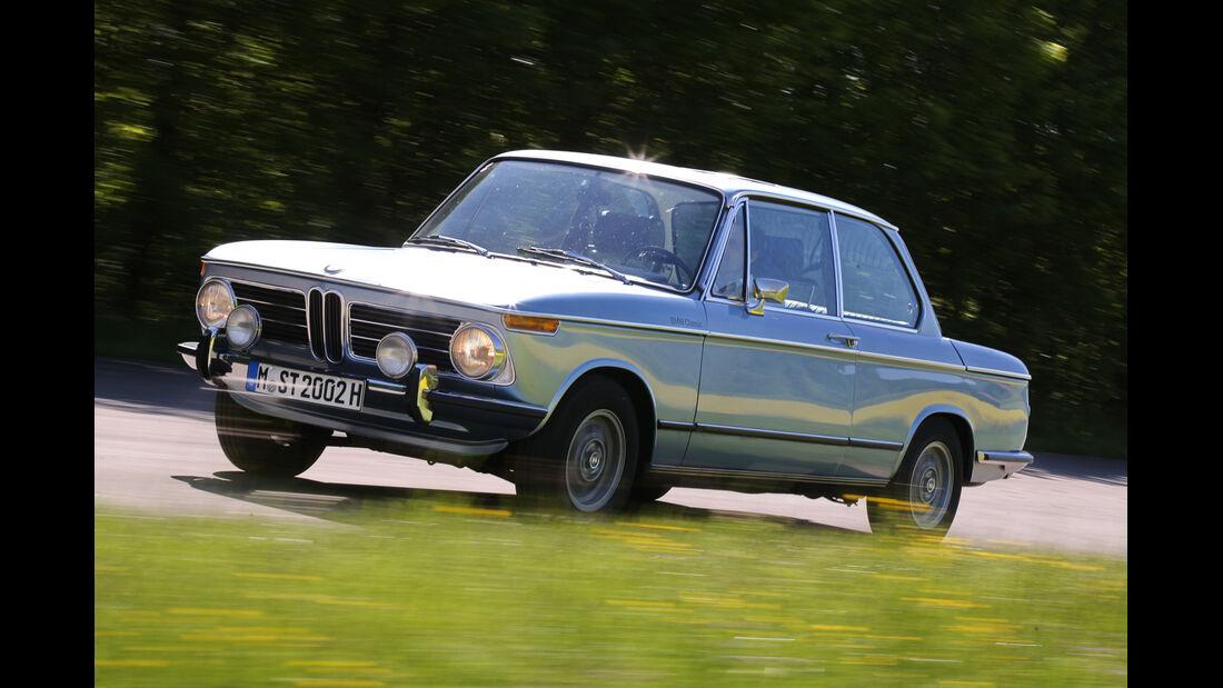 BMW 2002 tii, Seitenansicht