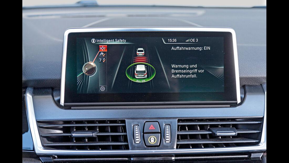 BMW 218d Active Tourer, Assistenzsysteme, Monitor