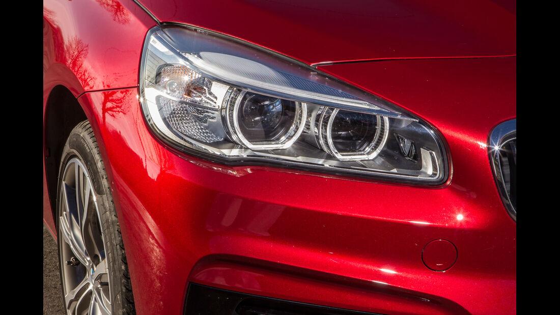 BMW 218d Active Tourer, Frontscheinwerfer