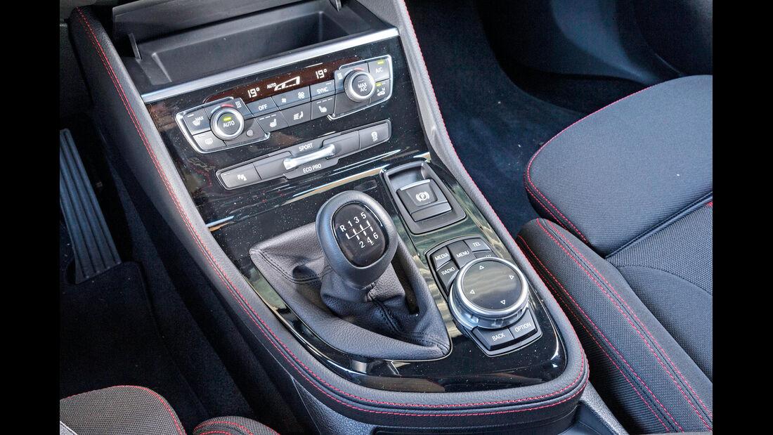 BMW 218d Active Tourer, Schalthebel