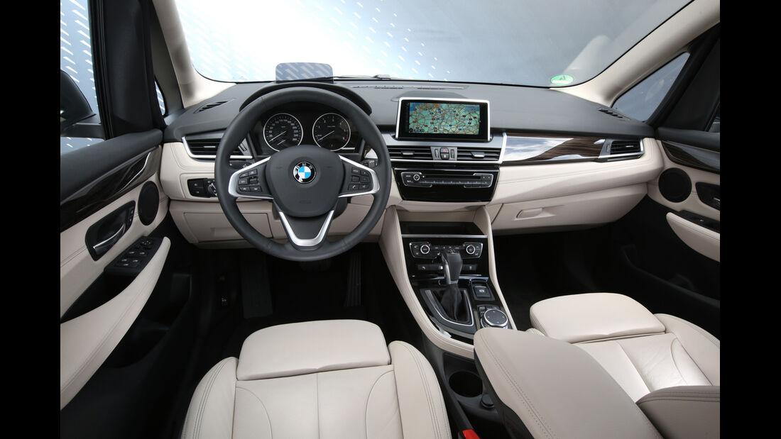 BMW 218d Gran Tourer, Cockpit