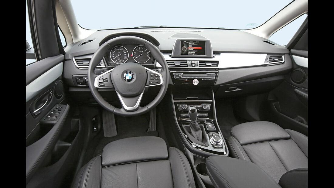 BMW 218i Active Tourer, Cockpit