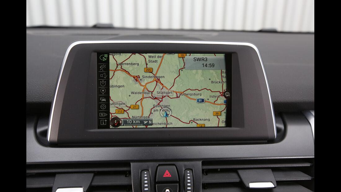 BMW 218i Active Tourer, Navi
