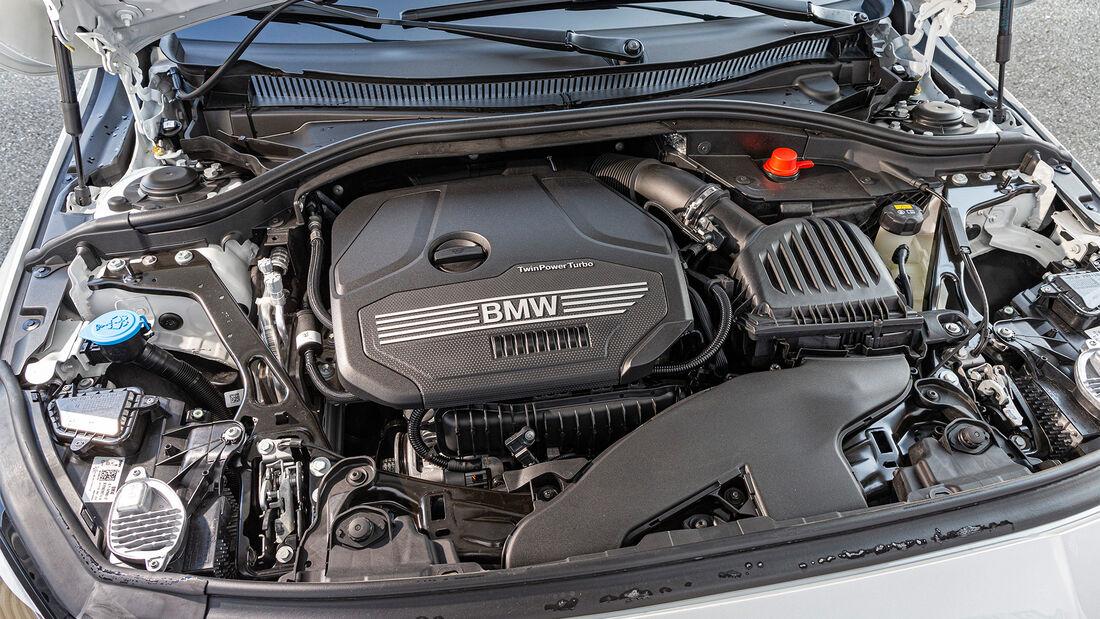 BMW 218i Gran Coupé, Mercedes CLA 180, VT, ams1520