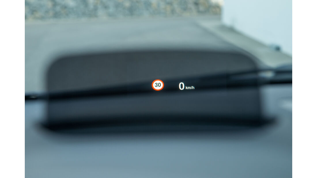 BMW 218i Gran Tourer, Head-Up-Display