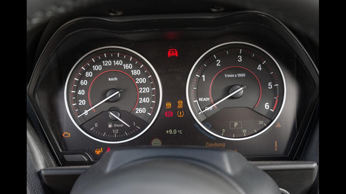 BMW 220d Cabrio, Rundinstrumente