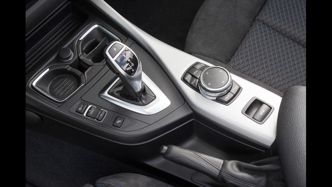 BMW 220d Cabrio, Schalthebel