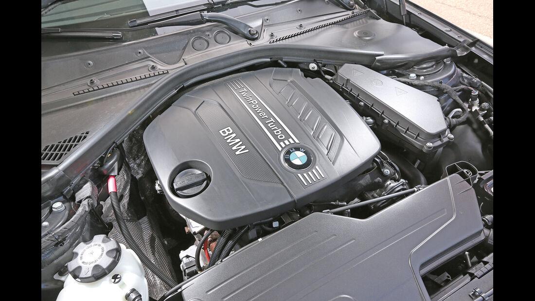 BMW 220d, Motor