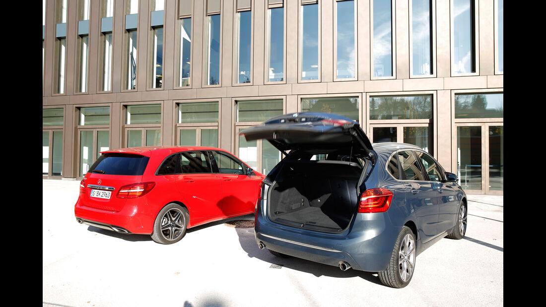 BMW 220i Active Tourer, Mercedes B 250, Heckansicht