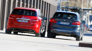 BMW 220i Active Tourer, Mercedes B 250, Heckansicht