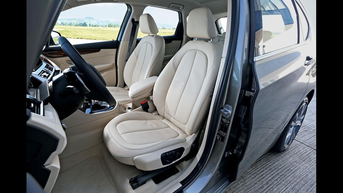 BMW 225i Active Tourer, Fahrersitz