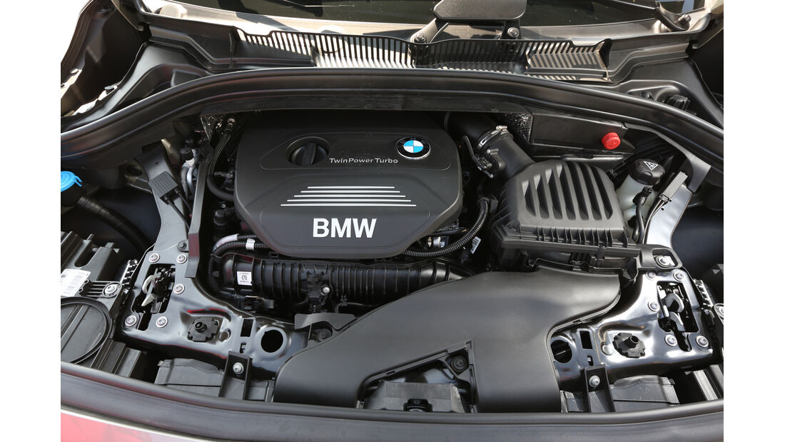 BMW 225i Active Tourer, Motor