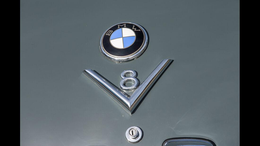 BMW 2600 L (Typ 502,V8), Emblem
