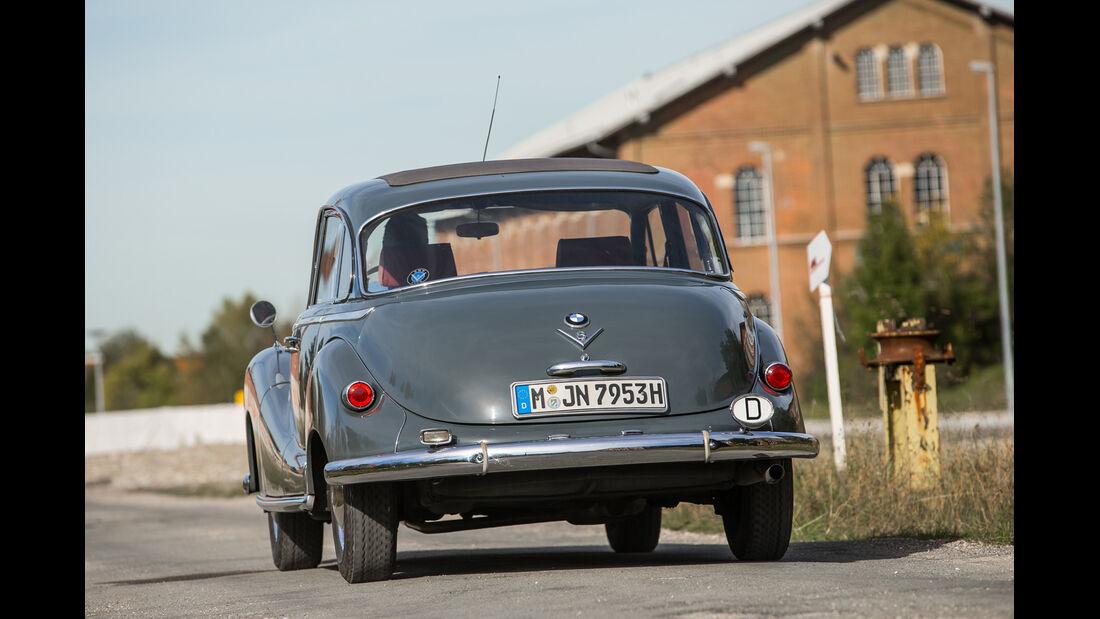 BMW 2600 L (Typ 502,V8), Heckansicht