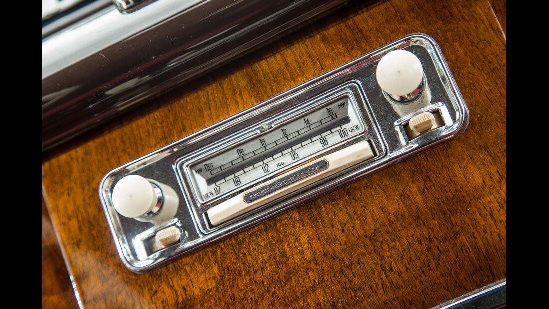 BMW 2600 L (Typ 502,V8), Radio