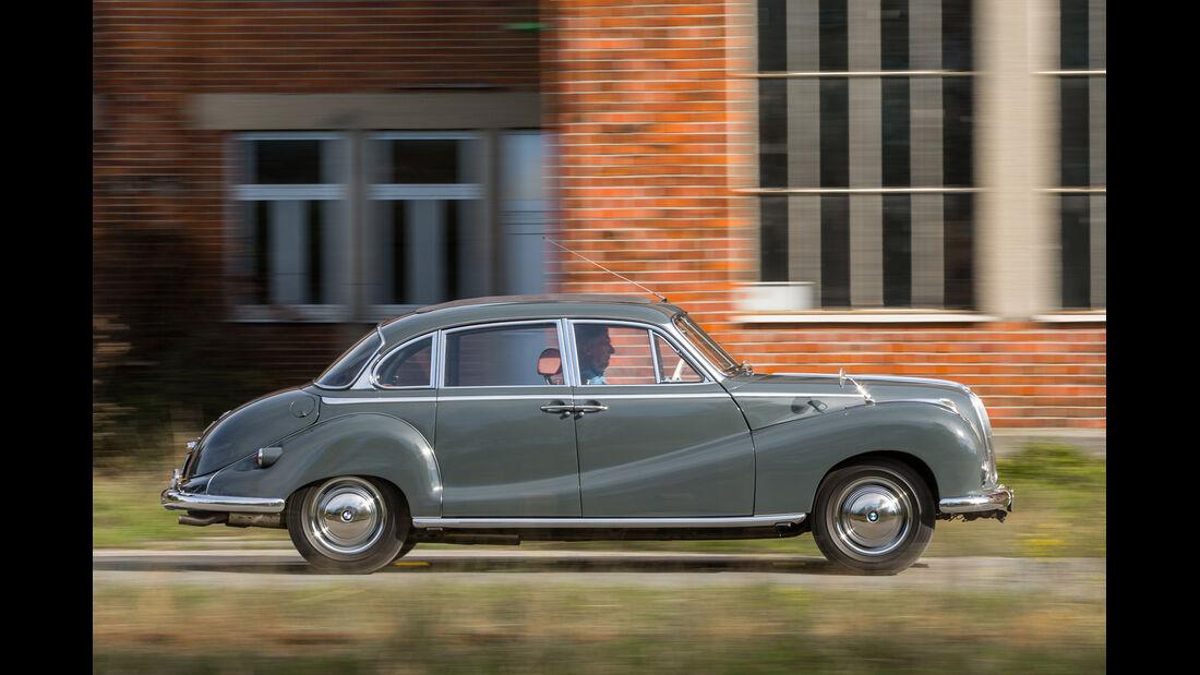 BMW 2600 L (Typ 502,V8), Seitenansicht
