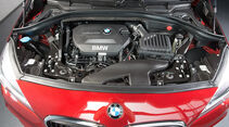 BMW 2er Active Tourer, Motor, 218d