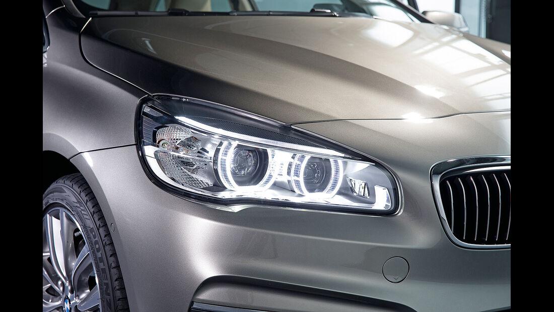 BMW 2er Active Tourer, Scheinwerfer