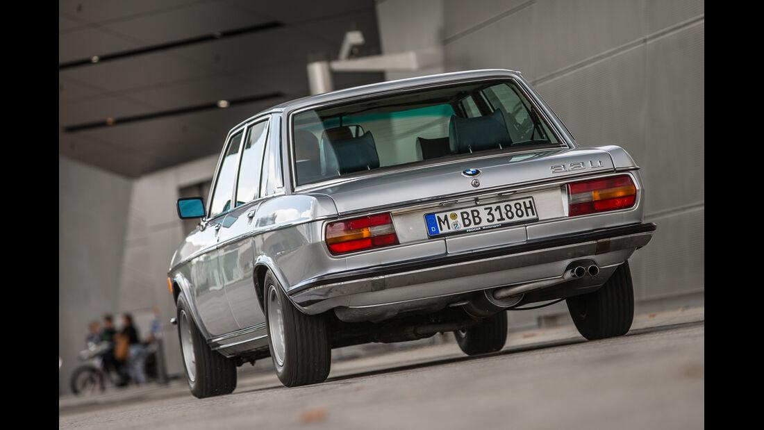 BMW 3.3 Li, Heckansicht